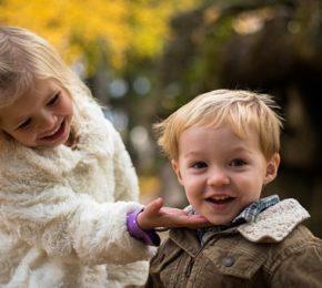 7 dicas práticas para ensinar gentileza à sua criança